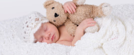 Bild 1: Baby im Himmelbett